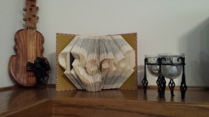 Read! folded book